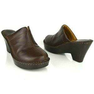 Born Womens Brown Comfort Wedge Mules